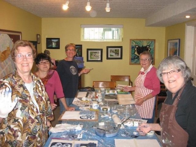 Have you ever thought of trying a Watercolour art class?
